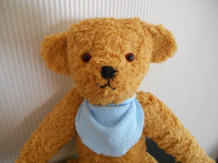 Selbstgenähter Teddybär | myneedleworks
