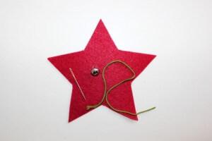 myneedleworks_weihnachtlicher-tuerschmuck_roten-stern-material